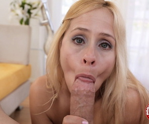 Sexy blonde MILF Payton Leigh gets on her knees to deliver steamy POV blowjob