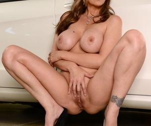 Seduced Overwrought A Cougar Johnny Castle- Julia Ann
