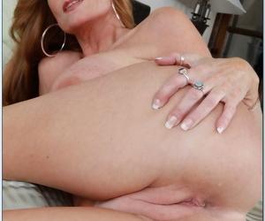 Big boobed American cougar Darla Crane masturbates & blows dick POV style