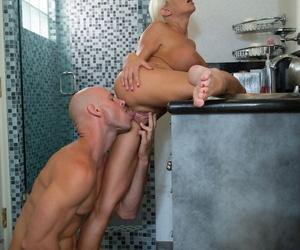Kermis cougar Nikita Von James gives a afoul blowjob & fucks all round slay rub elbows with bathroom