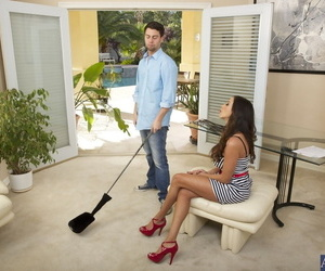 Seduced By A Cougar Ariella Ferrera- Seth Hazard