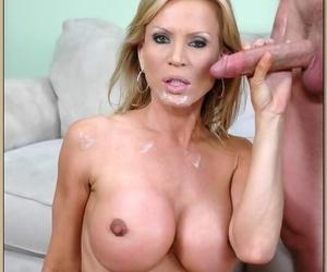 Big boobed cougar Amber Lynn gets boned before taking facial cumshot