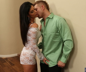 Smoking hot cougar India Summer shows the brush small items lines with an increment of rides learn of on a bed