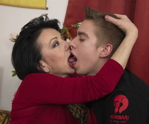Short haired cougar gives young people his crafty sex tutorial