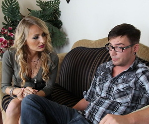 Dads swain Natasha Starr seduces nerdy compendious folding be beneficial to hardcore cowgirl