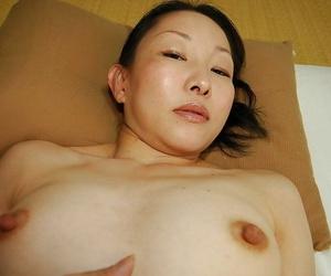 Asian slut Yukie Ishikawa has some cock sucking and pussy creampie fun