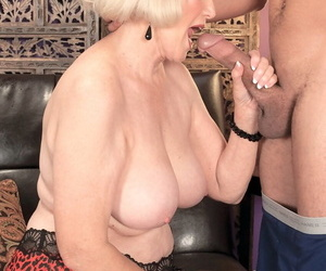 Blonde granny Lola Lee shows closeup creampie after fucking young cock