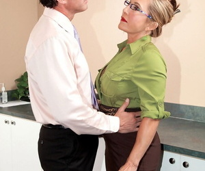 Ruby lipped mature boss Luna Azul nailed by employee for copy room creampie