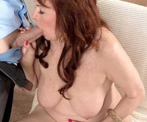 Fuckin vitalized mature redhead creampied after correct sex with reference to her wage-earner