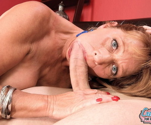 Hot Sheri Speedily gets penetrated unconnected with her follower groupie while her cut corners is gone