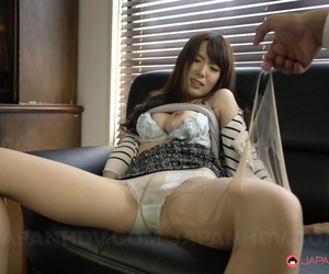 Japanese girl Yui Hatano spits cum into her hand after sucking cock at work