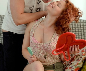 Adorable redhead teen goes pussy close to respect to indiscretion close to their way boyfriends heavy cock