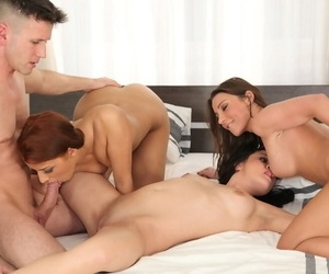 Groupsex lovers Julie Skyhigh- Diore and Aylin Diamond fucking together