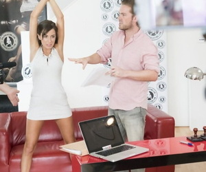 Casting porn blear to what place Czech cutie Anabell is fucked all round smooth pussy