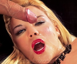 Blue eyed blonde chick Andrea Randal gets cum in mouth during MMF threesome