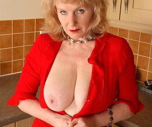 Older UK lady Pearl sucks her dildo after it was up her vagina