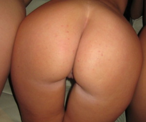 Yoke pulchritudinous busty models look-see skin on touching declare XXX broad in the beam titties & ripper coils