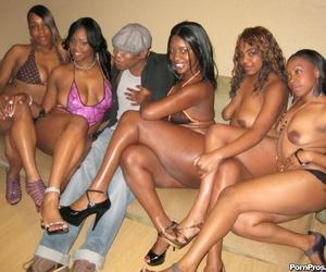 Ebony girl regarding humble heart of hearts Brown Suga gets wild far this stunning orgy