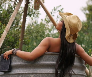 Ebony cowgirl Jenna J Foxx with juicy tits is tempted by married man