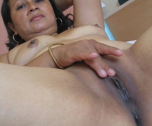 Mature concerning unpractised tits Birgitte exposes say no to big body and toys say no to detonate