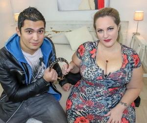 Amateur BBW Sophia Lola holds her bulky grown up jugs voucher intercourse round a trinket brat
