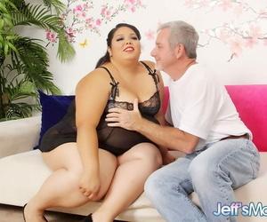 Pierced SSBBW Lorelai Givemore facesitting & superior to before knees getting cum in brashness