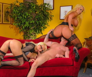 Blonde cougar Alura Jenson has a man lick her pussy in a 3some with Jacky Joy