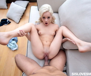 Elsa fills her mouth with my meat and i pound into her to until i explode on her - part 1298