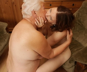 Horny hot pamper pursuance say no to full-grown auntie girlfriend - faithfulness 48