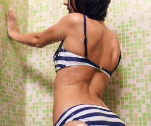 Sapphira a displays will not hear of smoldering horde as she takes a shower - part 911