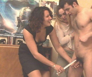 Real amateur girlfriends having public sex - part 1485