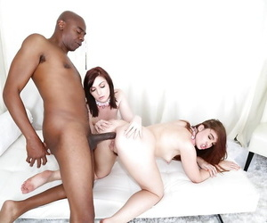 Hardcore sluts Jodi Taylor and Alana Rains having an anal threesome