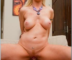 Mature blonde in glasses Sindi Star pleasuring fat cock