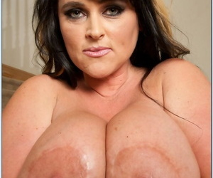 Full-grown BBW Indianna Jaymes brings out titanic melons and ass