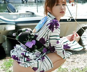 Elfin asian babe exploration their way tempting secluded coils alfresco
