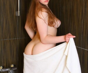Young solo ungentlemanly Nerila wets will not hear of pussy while satisfied in the air a bathtub