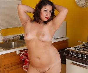Fatty Rosie shows her sexy fatty body right in the kitchen so hot