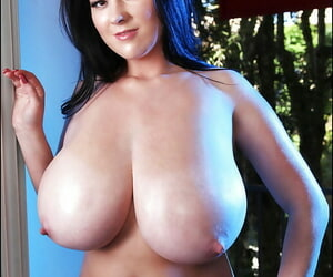 Suntanned roly-poly with big confidential Rachel Aldana teases the brush hard nipples
