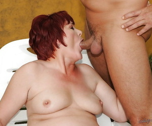 Fatty mature babe with flabby jugs gets her hairy cooter drilled outdoor