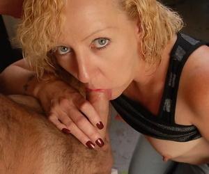 Doyen kermis lassie Heidi giving blowjob and taking cum facial in kitchen