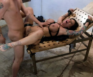 Incredible Bella Rossi with the addition of Mason Moore are shackled to the fullest uncultivated punished
