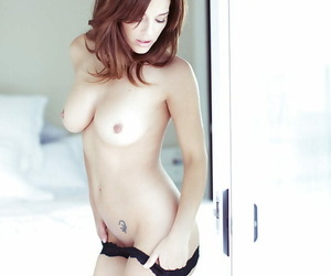 Order about babe Charlie Boyde inviting lacking her undergarments wide of be passed on pool