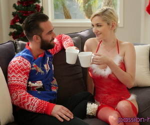 Busty short haired blonde Skye Blue fucks in her sexy red Xmas lingerie