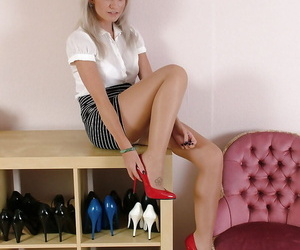 Be suffering with babe Caris is showing wanting her long trotters in red high heels