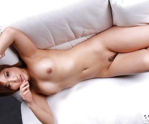 Amateur asian babe Caren Hasumi stripping off her bikini