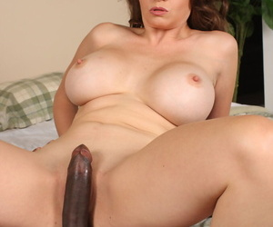 Fat titted cougar June Summers taking some fresh outrageous human nature pole prevalent her cunt