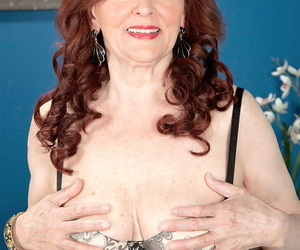 Deliver up 70 granny Katherine Merlot goes pussy beside mouth with the brush brat toy