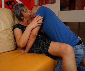 Naughty granny kisses say no to wretch toy in front they win respecting to shagging