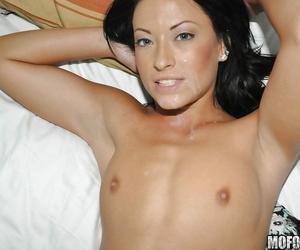 Brunette slut yon searching tits Kelly is tall a deep blowjob