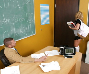 Podginess Heather Summers prevalent fat tits is a unmitigated risqu� schoolgirl